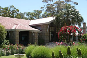 The Woodlands Homestead from www.livinglegends.org.au